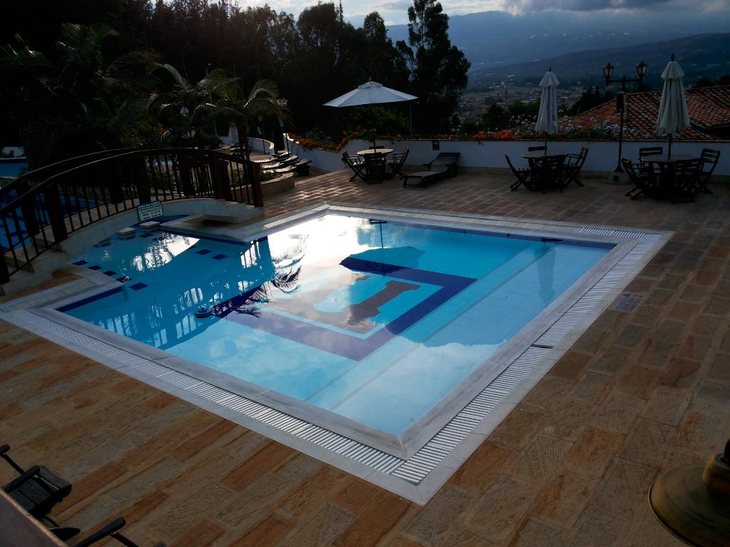 rejillas plasticas para piscina