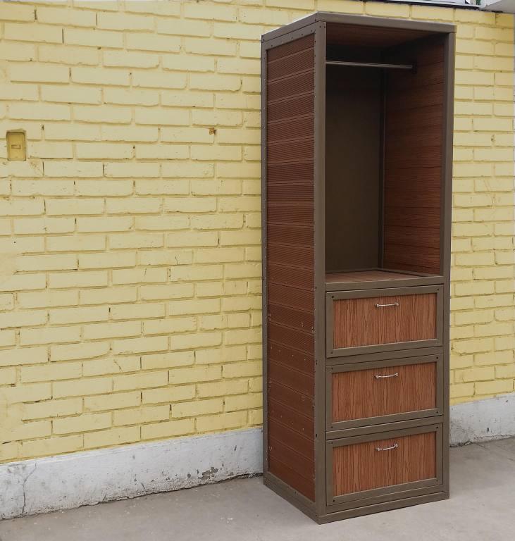 mueble plastico imitacion madera