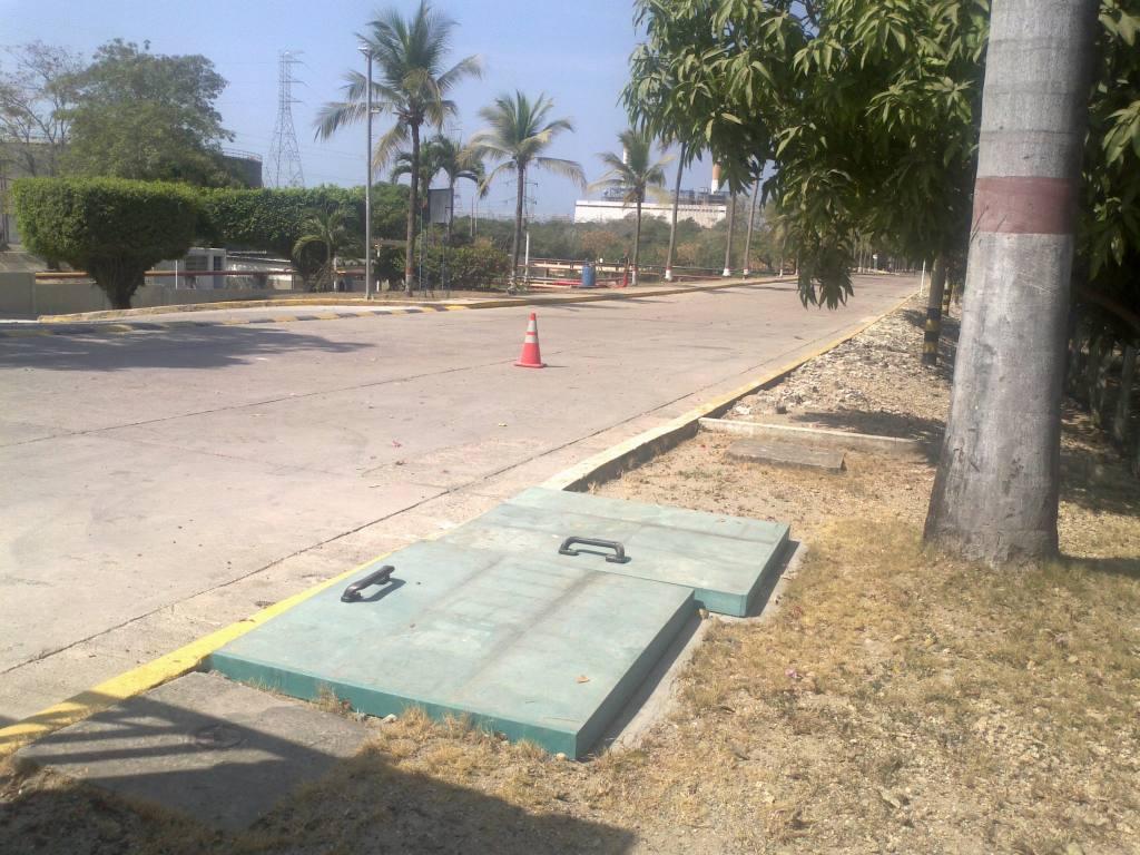 Tapas plasticas para tanque de agua potable for Piscinas plasticas colombia