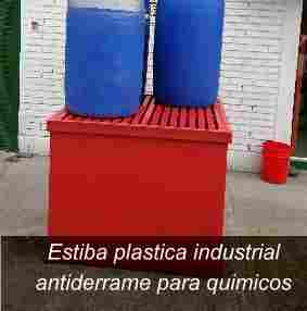 estiba_antiderrame_para_quimicos_para_acidos_industria_contenedor_quimicos_invima_residuos_peligrosos pallets with leakproof container for chemical cu